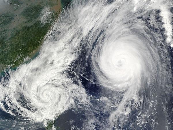 台風 時期 秋